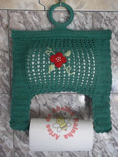 This post was discovered by Te Crochet Chart, Knit Crochet, Knitting Patterns, Crochet Patterns, Crochet Home Decor, Crochet Kitchen, Tissue Boxes, Craft Fairs, Color Patterns