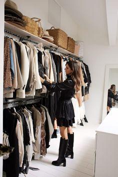 Lisa, Bordeaux - Inside Closet Lisa, Console La Redoute, Daily Fashion, Bordeaux, Tiffany Room, Pull Rose, Fuchsia, Walk In Closet, Wardrobe Rack
