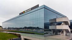 Foto: Ni futbolín ni sala de descanso, así son las oficinas de Microsoft