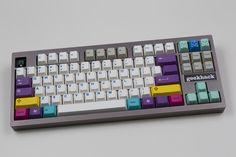 Mini Keyboard, Computer Keyboard, Computer Gadgets, Linux, Tech, Magenta, Videogames, Computers, Artisan