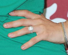 Google Image Result for http://www.glamour.com/weddings/blogs/save-the-date/0908-1-celebrity-engagement-rings-gail-simmons_we.jpg