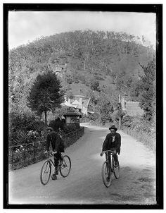 """""""Jenolan Caves, April photographed by Edward J. Cooke"""" State Library of New South Wales collection. Vintage Photographs, Vintage Photos, Jenolan Caves, Blue Mountains Australia, Australia Day, Historical Images, Tours, Back In The Day, Old Photos"""