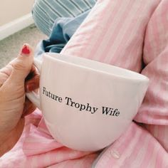 californiagirlwearingpearls: Future trophy wife with a career and an emphasis in wine Mom culture (via TumbleOn) Black And White Living Room, Cosy Night In, Wine Mom, Glass Room, Meant To Be Together, Trophy Wife, Cool Mugs, Vinyl Projects, New England