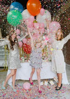 push-pop confetti © | thimblepress  this would be incredible for a pink hen party