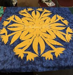 Hawaiian Quilt Patterns, Hawaiian Quilts, Quilting Classes, Greatest Adventure, Bird, Creative, Fun, Birds, Hilarious