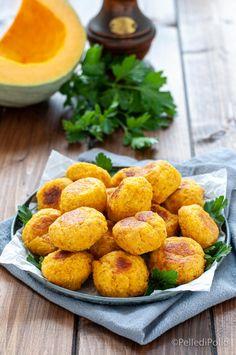 Sfiziose e morbidissime #polpette di #zucca e #ricotta cotte al forno #ricetta #meatballs #antipastisfiziosi #pumpkinrecipes