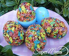 Egg-ceptional Cereal Treats - A colorful and seasonal twist on the rice crispy treats our kids love! Tags: Easter Treat | Easter Dessert for Kids | Easter Recipe for Kids | easy easter dessert | easy easter recipe | SuperMoms360.com