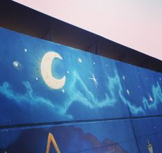 Bonne nuit ... #bonanit #buenasnoches #goodnight #gutennacht #streetart #artstreet #urbangraffitisbcn #urbangraffiti #streetporn #streetphotography #streetarteverywhere #streetfiles #rsa_streetview #tv_streetart_ #streetartist #graffitiartist #graffitiart #graff #graffo #graffitiporn #urbanwalls #bcnwalls #streetsofbarcelona #barcelonastreetart #bcngraffitis by cocadepinyons