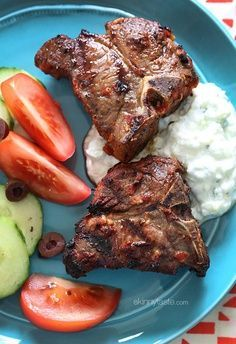 I love the Mediterranean flavors of these grilled lamb loin chops marinated with fresh lemon juice, garlic, cumin and harissa. #weightwatchers #cleaneating #glutenfree