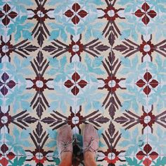 Amazing pic by @lucylaucht tagging #ihavethisthingwithtiles  _____________________________________________  #fwisfeed #feet #maioliche #lookyfeets #lookdown #selfeet #fwis #fromwhereyoustand #viewfromthetop #ihavethisthingwithfloors #viewfromthetopp #happyfeet #picoftheday #photooftheday #amazingfloorsandwanderingfeet #vsco #all_shots #lookingdown #fromwhereonestand #fromwherewestand #travellingfeet #fromwhereistand #tiles #tileaddiction #tilecrush #floor #vscocam #instatiles by…