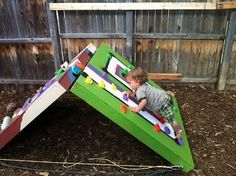 Matt's Climbing Blog: Adjustable Toddler Bouldering Wall -- A Tutorial  The underside could easily become a play house too. :)