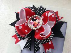 Minnie Mouse inspirado pinza de pelo de pelo arco Minnie Muouse pelo arco Minnie Mouse