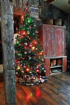 Primitive Christmas, Cabin Christmas, Noel Christmas, Country Christmas, Little Christmas, All Things Christmas, Winter Christmas, Christmas Lights, Christmas Makeup