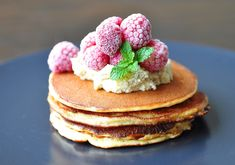 Free from grains gluten sugar & soy. These low carb healthy fat pancakes can be ready in minutes! Healthy Recipes, Almond Recipes, Sweets Recipes, Gluten Free Recipes, Low Carb Recipes, Desserts, Brunch Recipes, Breakfast Recipes, Healthy Food