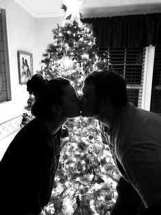 In this article you can find amaizng and greatest relationship suggestions or marriage tips. Family Christmas Pictures, Christmas Couple, Xmas, Christmas Engagement Photos, Christmas Pics, Cute Couple Pictures, Couple Photos, My Sun And Stars, Photo Couple