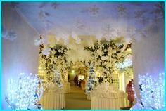 Tweedot blog magazine - white decorations for Christmas
