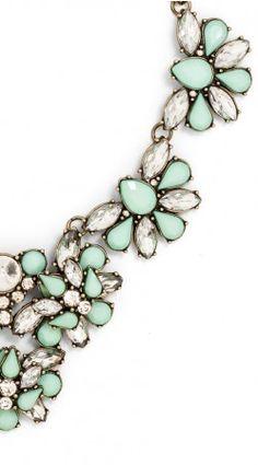 Mint bloom necklace