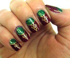 Ornamental  #glitterpolish #xmasnails #holidaymani - bellashoot.com