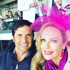Having a blast at the #KentuckyOaks with my handsome hubby @chrisran! . . . #happylady #pink #pink #kentucky #kentuckyderby #kentuckyoaks2017 #kentuckyderbyhat #ootd #fashion #fashiongram #facinator #horseracing #horserace #SineadSeesTheWorld #sfblogger #bayareablogger #bblogger #beautyblogger
