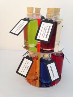 Beautiful flavoured wedding favours.  Can be used for place settings or simple a elegant favour to give to your guests