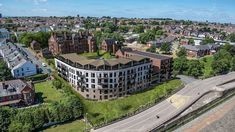 Selection of 1,2 and 3 bedroom apartments with 7% assured rent, water front location, Liverpool skyline and River mersey view. Great for Owner occupiers and investors. AVAILABLE UNITS - 38 | START PRICE - £115000 | SOLD UNITS - 37 For more information call our Wallasey Office on 0151 372 0327. Liverpool Skyline, Liverpool City Centre, New Brighton, Residential Complex, Investment Companies, 3 Bedroom Apartment, Property Development, Real Estate, The Unit