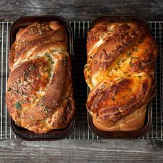 Soft Cheese Bread: Two Ways - one bake for two loaves of bread. Cheddar and Herb and Parmesan Garlic. via @SeasonsSuppers