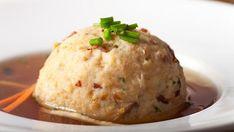 Polévka se špekovým knedlíkem Baked Potato, Mashed Potatoes, Baking, Ethnic Recipes, Food, Whipped Potatoes, Smash Potatoes, Bakken, Essen