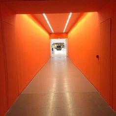 Ta tudo laranja #trienallemilano #trienalle #milano #milano #milan2015 #milao2015 #italianstyle #italiandesign #interiordesign #fabiogaleazzo #fashionstyle #galeazzodesign #fashionstyle #fabiogaleazzo