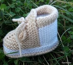 Knit Baby Booties, Baby Boots, Baby Knitting, Knitted Baby, Unisex Gifts, Baby Slippers, Baby Christening, Yarn Ball, Unisex Baby