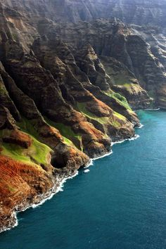 Kauai - Can't believe we took an all day trip along the Napoli Coast in a back breaking zodiac but it's a once in a lifetime experience and so beautiful.
