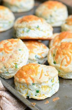 Jalapeno Cheddar Buttermilk Biscuits | from willcookforsmiles.com