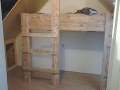 Bed of pallet/ scaffoldwood