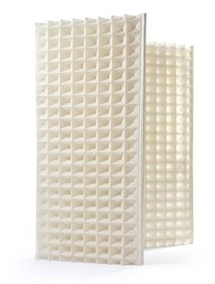The structure and surface of the woven waffle screen consist of one and the same; frame = screen and screen = frame.   structure, surface, woven, waffle, screen, 3D fabric, lightweighted, acoustic function, panels.