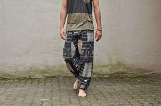 Hosen - Alibaba Hose schwarz mit Muster unisex - ein Designerstück von Sanuka bei DaWanda