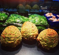 Dragon eggs: great for soup and taking over kingdoms #healthygameofthrones #khaleesiwouldgetit #fithapdagsoep #knalselder #eathealthy #fithap #gent #fitfood