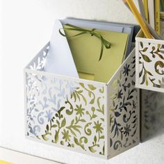 Design Ideas Vinea Magnetic Bin, White Design Ideas http://www.amazon.com/dp/B003ISUGL4/ref=cm_sw_r_pi_dp_UclXub063S5RG
