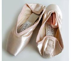 russian pointes...Sandra Janeen  Brigit s much preferred shoes. Ballet  Shoes 584aa6f1da
