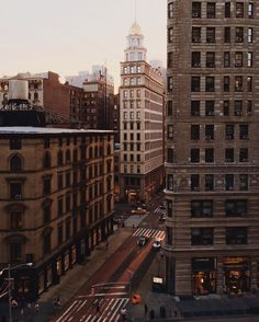 Ideas for urban landscape photography cityscapes city life nyc City Aesthetic, Brown Aesthetic, Travel Aesthetic, City Photography, Landscape Photography, Nature Photography, City Vibe, Nyc, Concrete Jungle