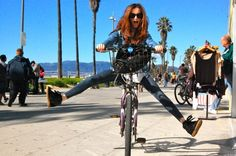 Venice the Menace #fashion #blog #rayban #zara #isabelmarant #denim #venice #venicebeach #california #cali #californiagirls #december #style #LA #paris