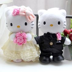 "9"" 2pcs Lovely Hello Kitty Cute Bride & Groom Wedding Dresses Doll HKGZ002   eBay"