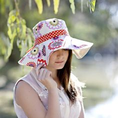 Womens Sun Hat Sewing Pattern - instant download digital pattern {PDF file}.  Introducing the Spring Blooms Sun Hat pattern - my first sewing