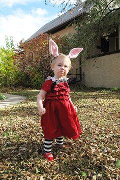 DIY Olivia Halloween costume