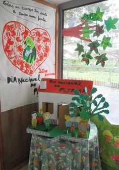Casa Doa, Preschool Activities, Kids, Pajama Day, Living Room Yellow, Ideas For Mothers Day, Crafts, Activities, School