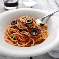 Famous Italian Spaghetti alla Puttanesca.