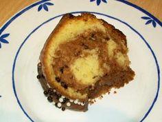 Saftiger Marmorkuchen mit Schoko-Knusperbällchen