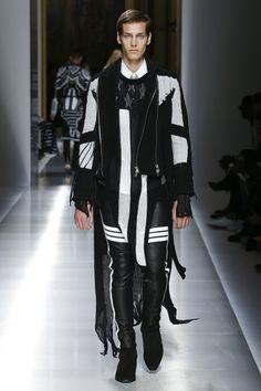 Balmain Spring 2018 Menswear Fashion Show