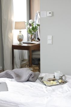 Lodge room designed by Skiglari-Norppa. Co Design, Home Bedroom, Bedrooms, Breakfast In Bed, Best Wordpress Themes, Helsinki, Sweet Home, Design Inspiration, Photoshoot Ideas