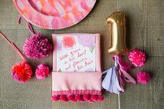 Flowery Birthday Party | Grey Likes BabyGrey Likes Baby