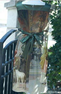 Designed  FineArt Collection The Artist in Montmartre Middle ages oil painting chic vintage gorgeous green floral dress - Thumbnail 2