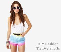 Learn how to Tie Dye Shorts  http://www.collegefashion.net/fashion-tips/diy-fashion-tie-dye-shorts/#